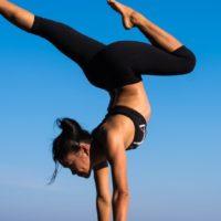 Eine empirische Vergleichsstudie zu den Wirkungsweisen von Yoga auf die Wirbelsäulenbeweglichkeit