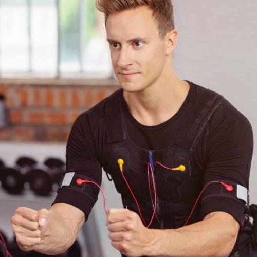 In 20 Minuten fit und schlank? Pro und Contra Elektromyostimulation