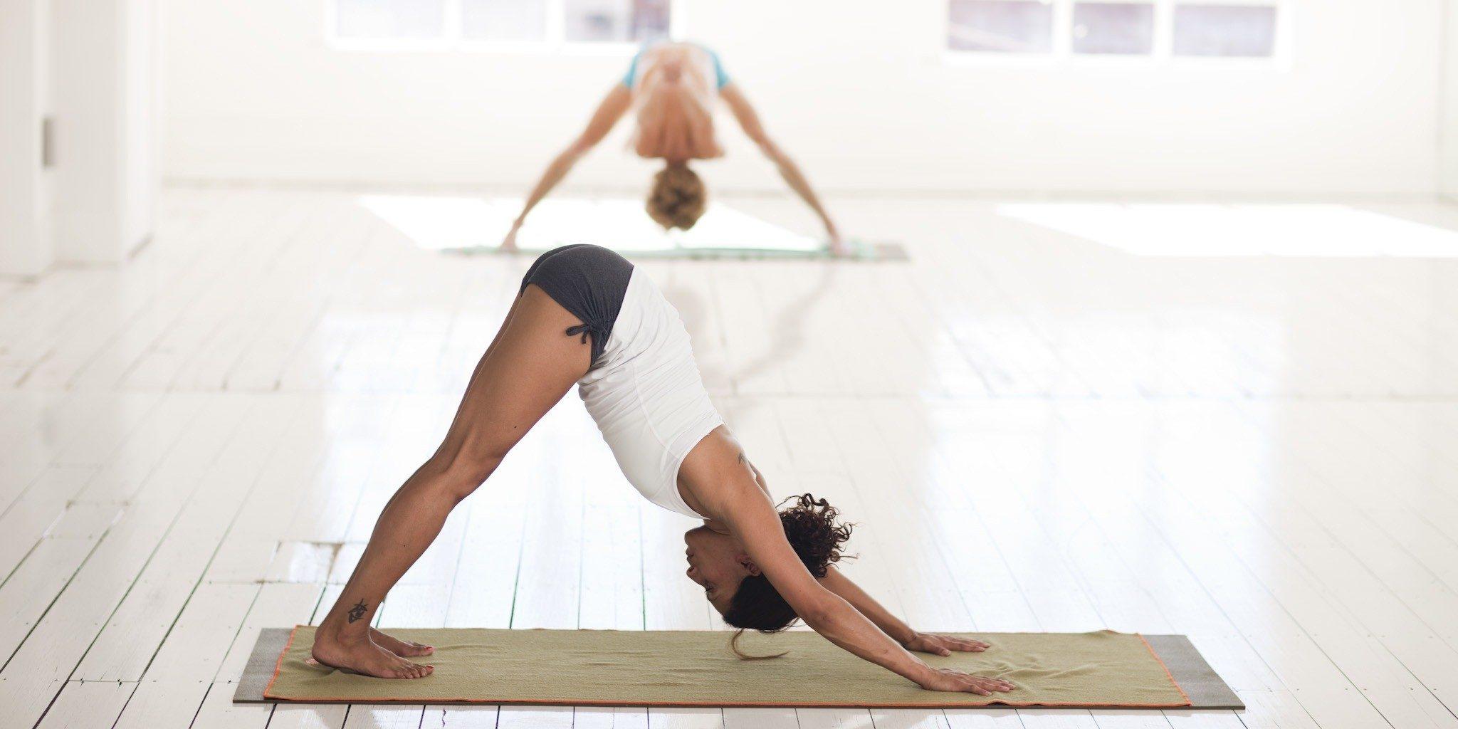 Studien Zur Wirksamkeit Von Yoga Deutsche Zeitschrift Für Sportmedizin