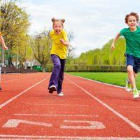 Kommission Kinder- und Jugendsport der DGSP: Empfehlung zur verpflichtenden Einführung  einer täglichen Sportstunde in der Schule