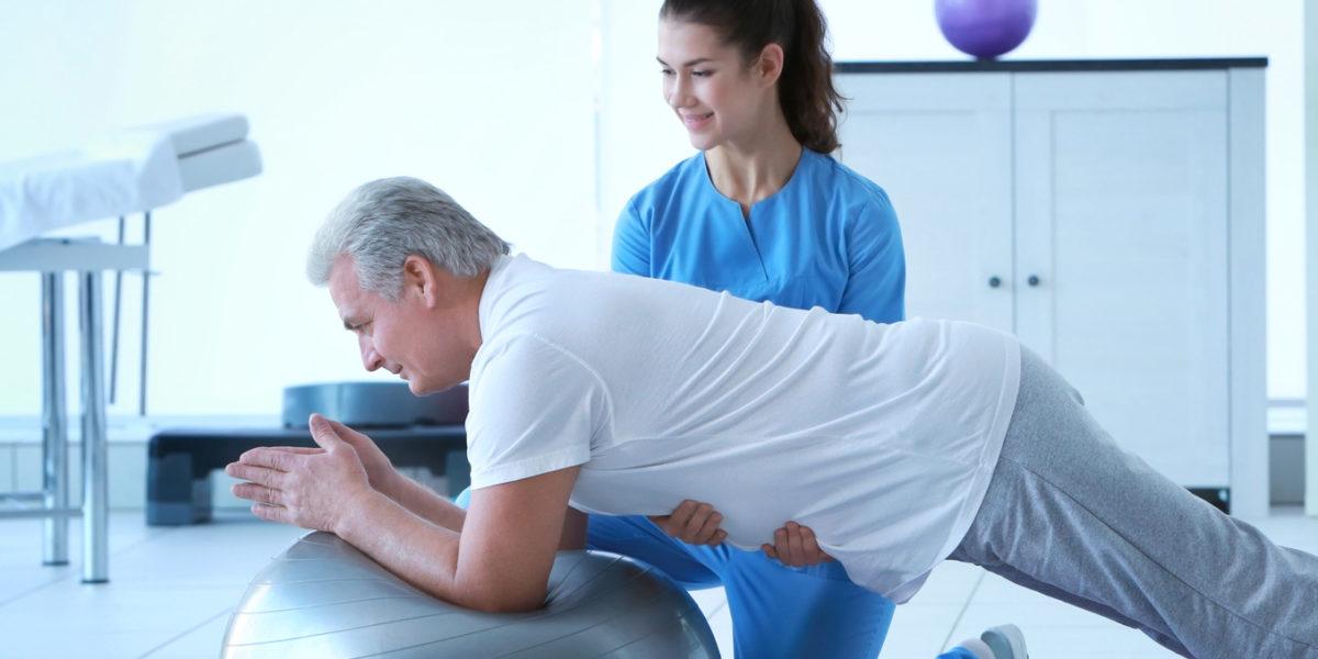 Frühe Physiotherapie reduziert Opioidverbrauch