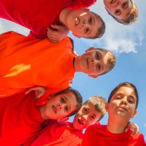 Hochintensives Intervalltraining: HIIT in Kindersport  und Therapie
