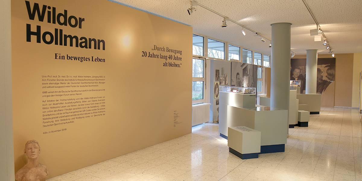 Dauerausstellung »Wildor Hollmann – ein bewegtes Leben« im Wildor Hollmann Forum.