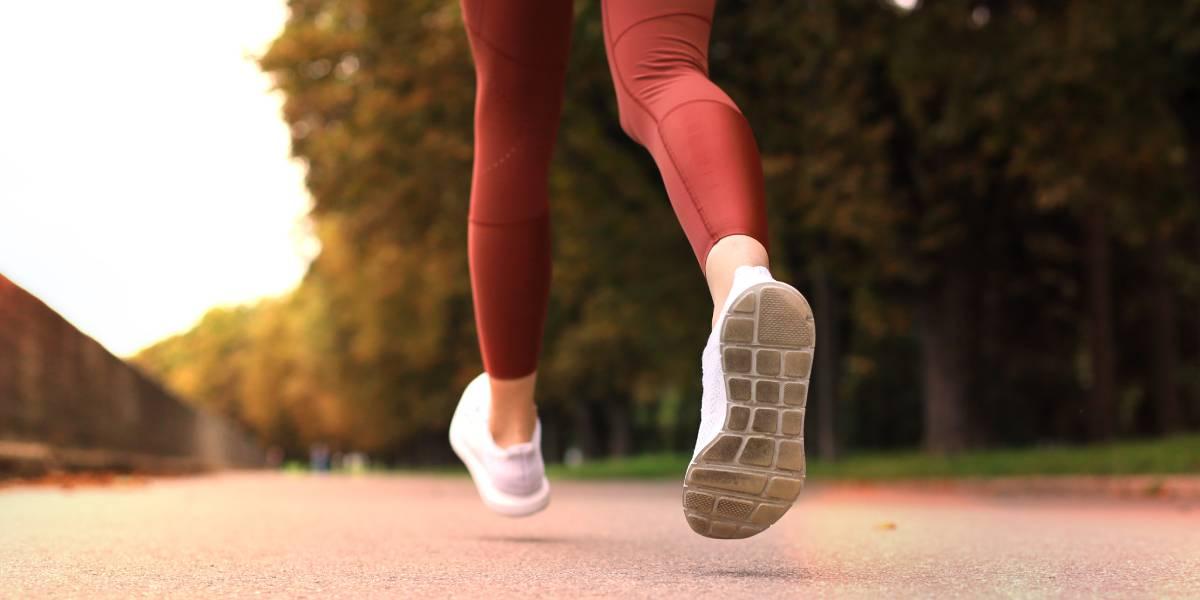 Fußaufsatz bei Läufern: Konzepte, Klassifikationen, Techniken und Implikationen für laufbedingte Verletzungen