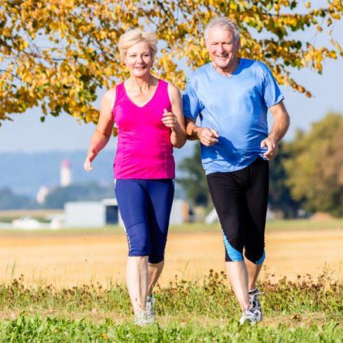 Schrittaktivität von Herzpatienten im Laufe eines Jahres nach kardiologischer Rehabilitation