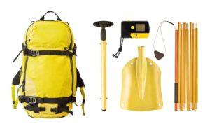 Lawinenschutzausrüstung, Lawinenverschüttetensuchgerät (LVS), Sonde, Schaufel.