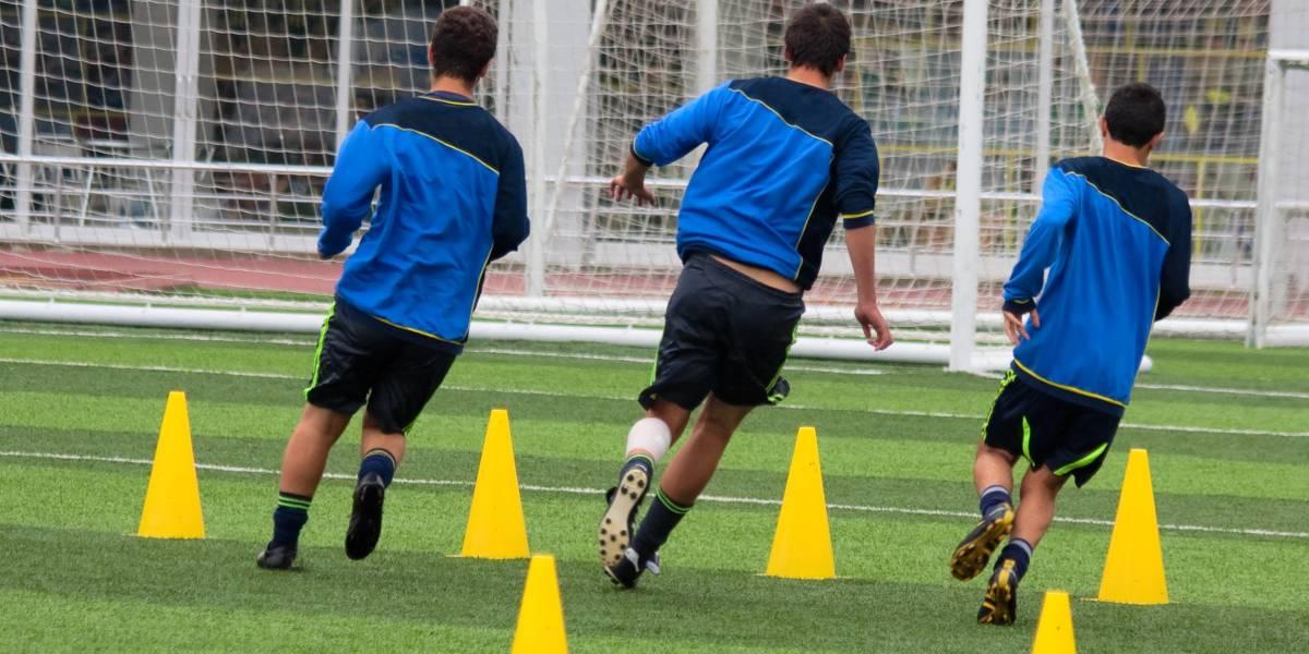 Hochintensives Intervalltraining (HIIT) im Fußball: Effekte anaerober und aerober Varianten