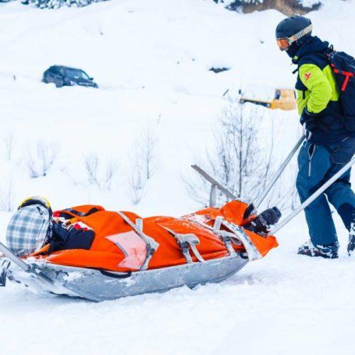 Unfälle beim Bergwandern und Alpinskifahren – epidemiologische Daten aus den österreichischen Alpen
