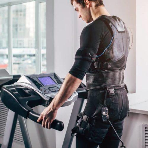 Ganzkörper-EMS in der aktiven Regeneration und Rückenschmerztherapie