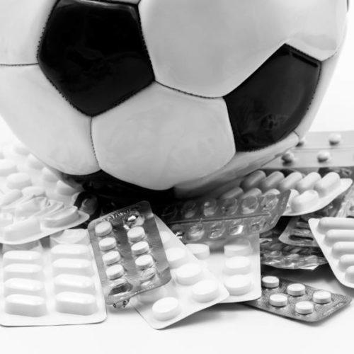 Angabe von Analgetika auf Dopingkontrollformularen in verschiedenen deutschen Fußball-Ligen in fünf Spielzeiten